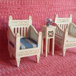 Kustavilainen nojatuoli nukkekotiin
