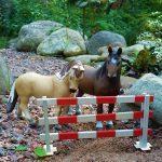 Pferdeställe und Farmmaterial in Kits
