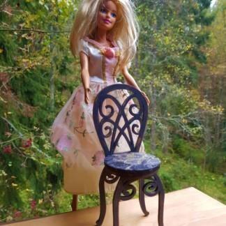 Hieno tuoli Barbille
