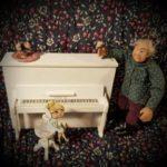 Piano ja Pianotuoli 1/12