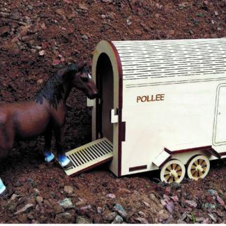 hevosenkuljetusvaunu Pollee